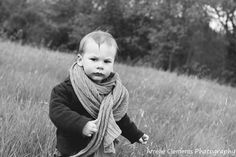 Child photographer in Zürich Switzerland Family spring photo shooting by Amélie Clements Photography -little boy portrait black and white picture