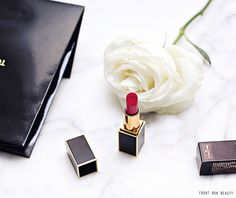 tom-ford-lipstick-lip-color-flash-of-pink-review-swatch