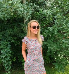 http://www.panache-lifestyle.com/2013/08/fun-with-florals-outfit-post.html