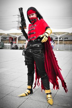 https://flic.kr/p/bob9na | Vincent Valentine (Final Fantasy VII) | MCM EXPO London Oct 2011 Cosplayer: unknow photo by Yilei Wu