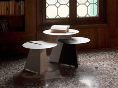 Abra table by Neuland Industriedesign for B-Line 06
