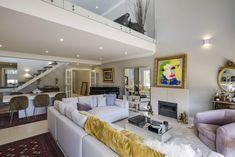 Decoration ideas from Sotheby's Realty portfolio Couch, Interiors, Interior Design, Decoration, Furniture, Ideas, Home Decor, Nest Design, Decor