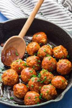 These vegan chickpea meatballs pack a mighty flavor punch! Smothered in sweet an. - These vegan chickpea meatballs pack a mighty flavor punch! Smothered in sweet and spicy firecracker - Tasty Vegetarian Recipes, Vegan Dinner Recipes, Veg Recipes, Vegan Dinners, Whole Food Recipes, Cooking Recipes, Healthy Recipes, Vegan Dinner Party, Vegetarian Sandwiches