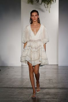 See the complete Zimmermann Resort 2018 collection.