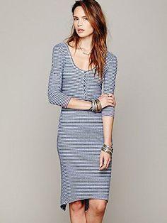 (breastfeeding friendly) striped dress