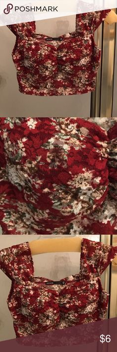 Floral crop top Cute, dark red floral crop top, never been worn, built in bra padding (very thin) Love Culture Tops Crop Tops