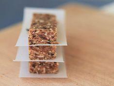 3 Ingredient Peanut Butter Date Bars | Evermine Blog | www.evermine.com