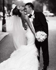 Vera Wang GEMMA, £3,000 Size: 8   Used Wedding Dresses