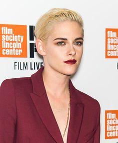 Les stars féminines cédent de plus en plus à l'appel du (très) court. Dernière en date ? Kristen Stewart qui conjugue son blond polaire au masculin.