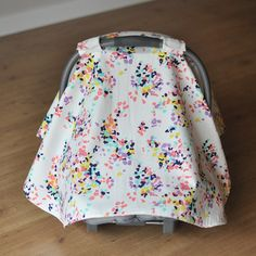 British Bouquet & Coral Bows Carseat Cover