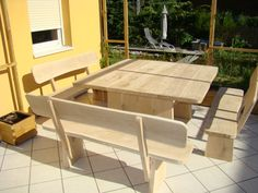 Gartenmoebel aus Eiche1 Outdoor Tables, Outdoor Decor, Outdoor Furniture, Home Decor, Cooking, Oak Tree, Homemade Home Decor, Decoration Home, Patio Table