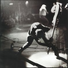 The Clash - London Calling - Pennie Smith | Flickr - Photo Sharing!