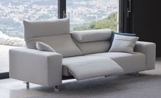 Play Sofa - Biba Salotti for Interni Hub Flexible and adjustable for your relaxing needs. Sectional Sofa With Recliner, Sofa Seats, Lounge Sofa, Couches, Mod Furniture, Furniture Upholstery, Home Decor Furniture, Scandinavian Sofas, Bedroom Couch