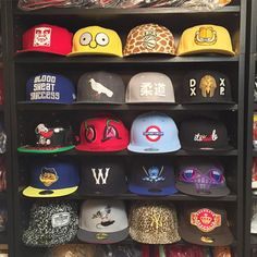 Escolha somente 1, se conseguir.   Camisas exclusivas a partir de R$ 39,90 Saiba mais aqui:http://www.vitrinepix.com.br/dubarato #cap #snapback #strapback #abareta