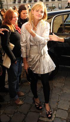 Emma Attends Chanel - Paris Fashion Week-
