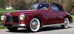 La Simca 8 Sport, cette automobile de collection fut construite de 1948 à 1950, la Simca 8 Sport de 1948 mesure 1.47 mètres de large, 4.05 m...