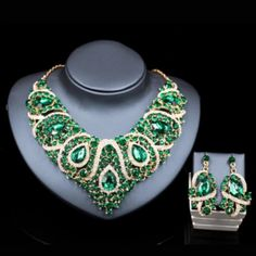 Bridal Green Wedding Engagement Collier Tour de cou Bijoux Boucle d/'oreille Mang TIKKA SET