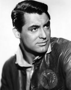 Cary Grant... God's gift to women! If only I were born in the early 1900s. Haha