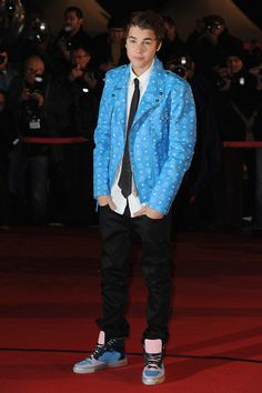 Justin Bieber Receiving Award of Honor at NRJ Music Awards 2012, FRANCE (Photo-Video)
