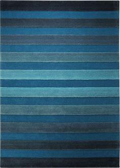 Ein Muster der Extraklasse! Die einzelnen Streifen des Designs heben sich mit ihren längeren Florfäden vom Untergrund ab. Durch die gefühlvolle Farbabstufung des Fonds und der Streifen wird dieser Teppich zum harmonischen Mittelpunkt des Interieurs.