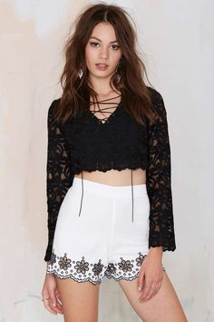 Glamorous Wynette Embroidered Eyelet Shorts | Shop Clothes at Nasty Gal!