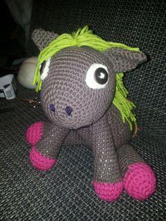 crochet horse Crochet Horse, Yoshi, Dinosaur Stuffed Animal, Horses, Toys, Fictional Characters, Animals, Art, Activity Toys