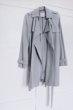 MA MAISON BLANCHE - grey trench coat from MNG