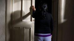 AREQUIPA. Menor de 9 años acusa haber sido violada por taxista que la hizo beber a ella y su madre http://hbanoticias.com/10432