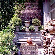 Patio and Deck in Bank Street by Huniford Design Studio On Barn House Design, Greenwich Village, Neutral Palette, Design Firms, Fountain, Backdrops, Furniture Design, Patio, Studio