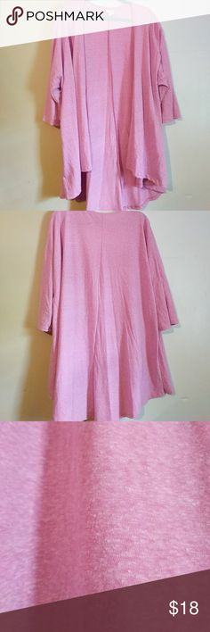 LuLaRoe Lindsay Kimono Cardigan Reposhing this because it's a little big for me. It's in like-new condition--no signs of wear. It's a very pretty Heather's light pink color. High-low hem that cover the butt. Light and flowy; great year round. Add to a bundle to save. I'd also be happy to trade for small or medium of same condition. LuLaRoe Sweaters Cardigans
