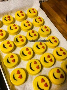 Emoji chocolate covered Oreos - Emoji Themed - Valentine's Day
