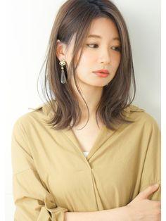 Pin on ヘアスタイル Medium Long Hair, Medium Hair Cuts, Medium Hair Styles, Short Hair Styles, Hair Arrange, Perm, Cut And Color, Hair Designs, Hair Inspo