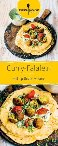Die köstlichen, knusprigen Curry-Falafeln werden in einer Pfanne knusprig braun angebraten und mit einer leckeren, selbstgemachten grüner Sauce angereicht.