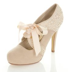 Bought my wedding shoes today! A little early... But they were the last pair! Miss Selfridge, London Total Downton Abbey Vintage <3