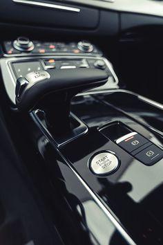 Audi A8 (Credit: Gunter Stachon)