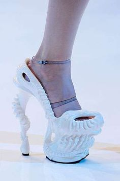 Sea Creature Shoes - The Remarkable Alexander McQueen Spring 2010 Footwear Collection (GALLERY)