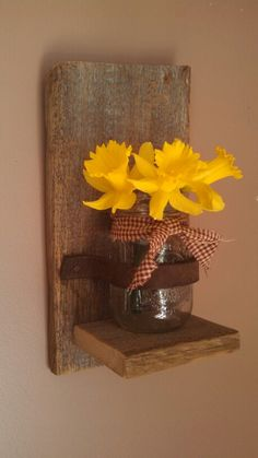 Mason jar vase & barn board