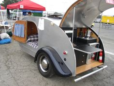 black and grey teardrop camper Building A Teardrop Trailer, Teardrop Trailer Plans, Teardrop Camper Trailer, Tiny Camper, Small Campers, Box Trailer, Small Trailer, Vintage Campers Trailers, Shopping