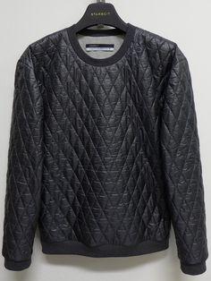 STARBEIT Überschrittener Outdoor-Sweater in dunkelgrau.