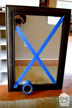Genius Ideas on How to Move – AND Stay Sane Moving Tip: When transporting large mirrors, use a few pieces of painters tape to reinforce the glass to keep it from breaking. The post Genius Ideas on How to Move – AND Stay Sane appeared first on Crafts. Moving House Tips, Moving Home, Moving Day, Moving Tips, Moving Hacks, Moving Organisation, Organization Hacks, Move On Up, Big Move