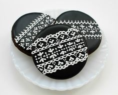 Piping Lace On Cookies