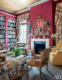 Mario Buatta Decorates a Stately Charleston Mansion for Patricia Altschul