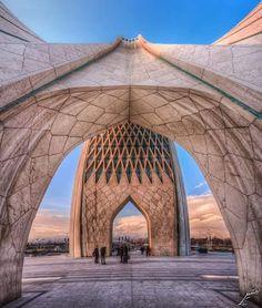 Azadi Tower (shahyad), Tehran, Iran Photographer: Afshin Razi