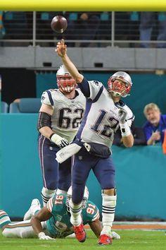 TOM BRADY Patriots Dolphins 0ff5698d7fdc