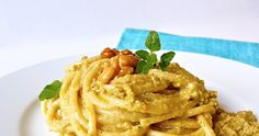 Pasta al pesto di carciofi Pasta Al Pesto, Linguine, Spaghetti, Food Inspiration, Risotto, Macaroni And Cheese, Chicken, Eat, Cooking