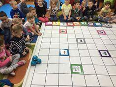 Kodowanie na dywanie Anna Świć: Kodujemy przyjaźń...❤️ Monopoly, Anna, Games, Gaming, Toys, Game, Spelling