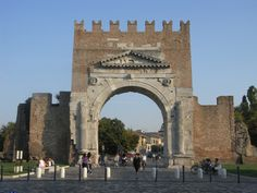 Arco d'Augusto - Augustus Arch