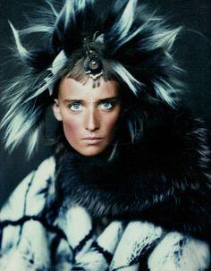 fashionrandom fashioneditori, magazin nov, 2002, ann catherin, christian lacroix, magazines, paolo roversi, fashion editorialspast, catherin lacroix