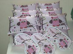 Lindo Kit Festa do Pijama  contem:  1 almofada personalizada 20x15  1 Mascara de dormir personalizada    Criamos do jeito em que você precisar.    Exclusividade GWM Artesanato R$ 12,99