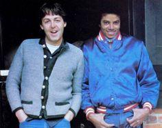 Paul McCartney and Michael Jackson: 10 nomes do rock que tocaram com o Rei do Pop